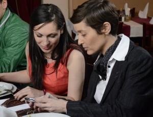"""Артисти и активист в """"Черешката на тортата"""""""