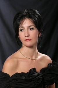 Olga Mihaylova-Dinova, мezzo-soprano