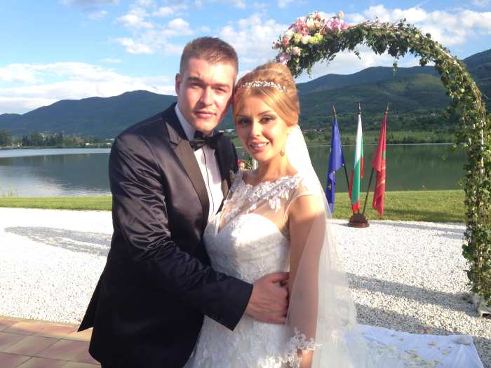 Водеща на ФЕН ТВ сключи брак