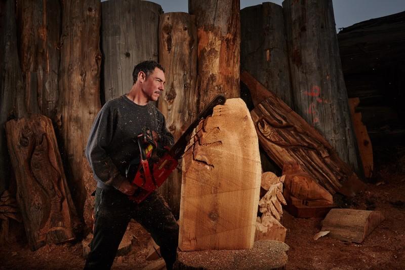 Царе на дърворезбата