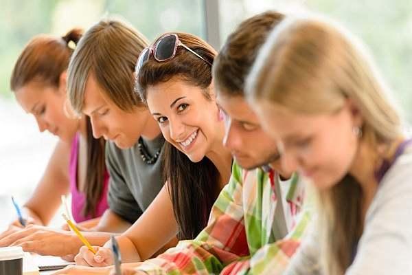Дуално обучение в България